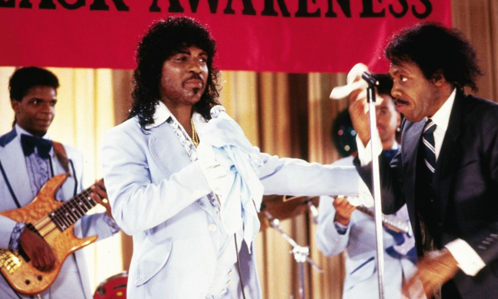 Who plays sexual chocolate in coming to america